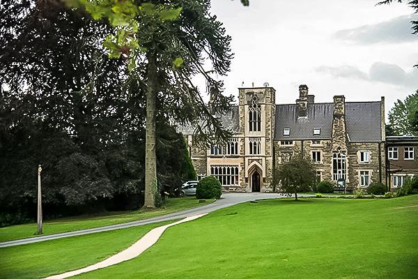 Quinta Hall